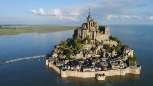Mont Saint Michel près de la chambre à tachyons